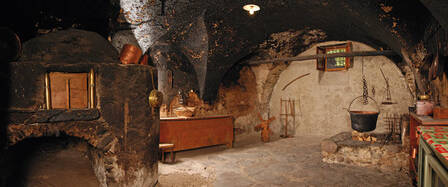 Vecchia cucina annerita a Piano di Elda Zanon / Case del passato ...